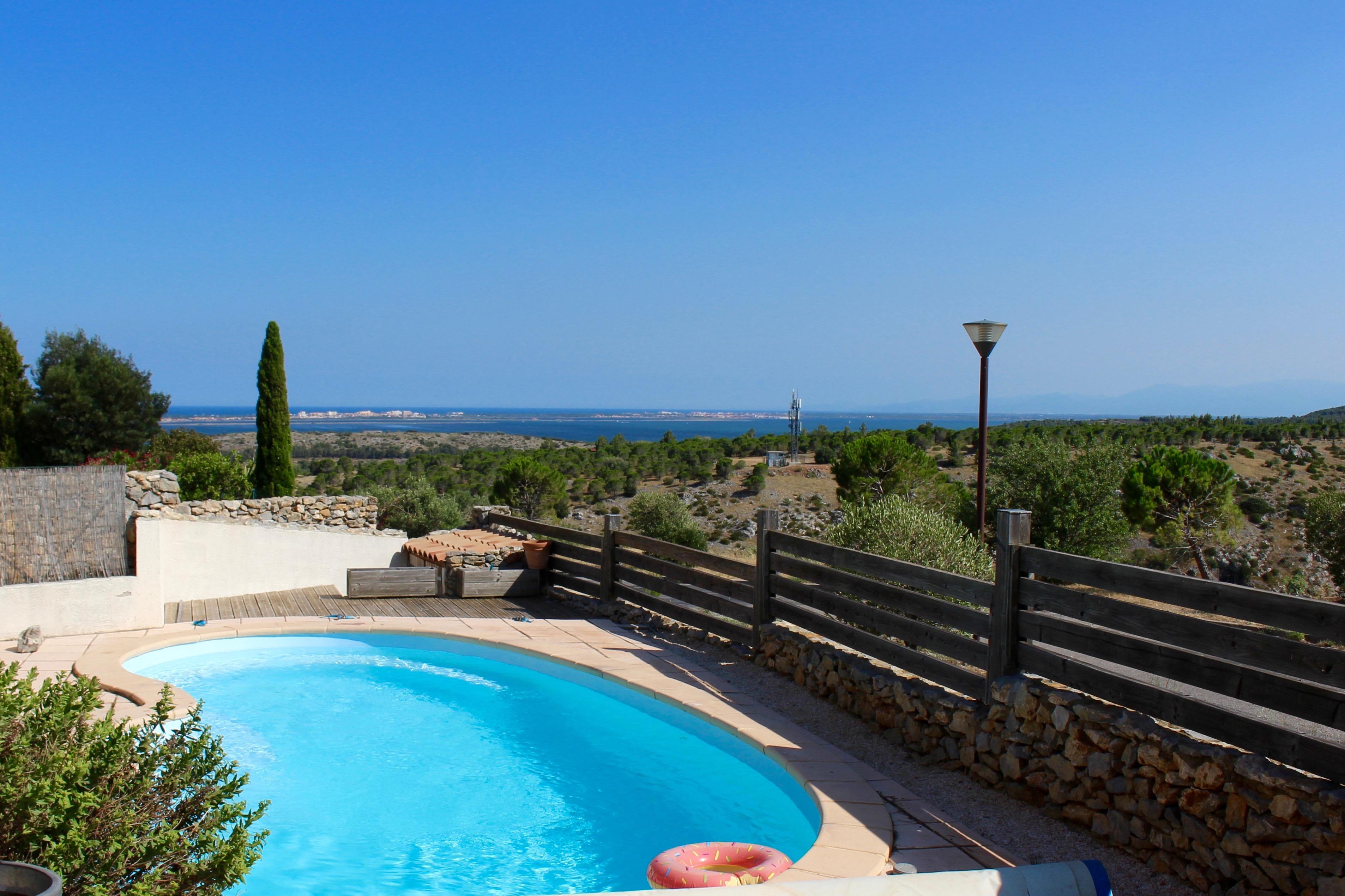Villa Jasmin vue mer de la piscine